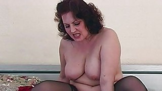 Dirty Mama Lure Young Boy Into Bed