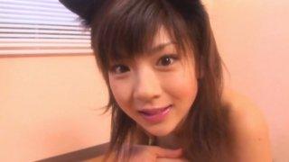Jap teen Aki Hoshino plays like horny kitty in her bedroom