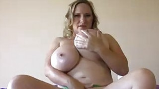 Moms Hot Rack Offering This Young Cock Some Happy